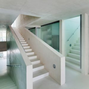microcement_stairs_resort
