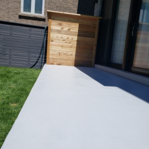 Polyurethane and Waterproof Coating on Deck